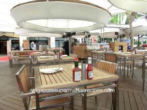 Frementel Seafood Market Ambience