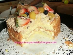 Flor Cake mont blanc cake cut
