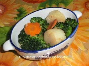 reunion dinner ideas sauteed scallops with brocoli and carrots