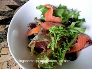 Loco Tapas - Salmon Salad