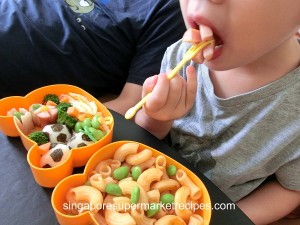 Quick & Simple Kids Bento Recipes - Football edition