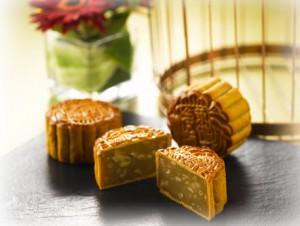 raffles hotel traditional mooncakes