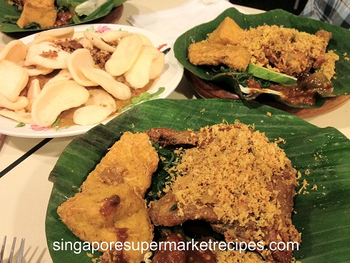 Resep Ayam Goreng Penyet Ria