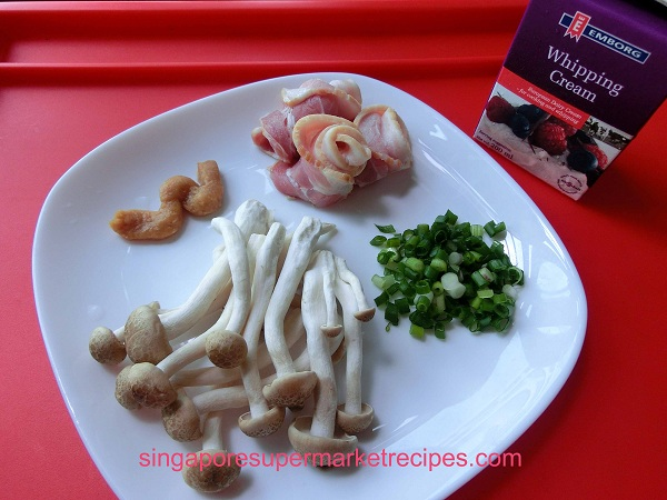 ... JAPANESE PASTA RECIPES – MISO CREAM PASTA WITH MUSHROOM & BACON