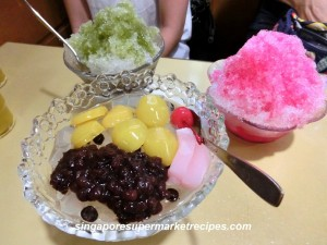 Japanese Kakigori Shaved Ice Dessert