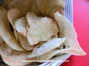 Avocado and wasabi chips