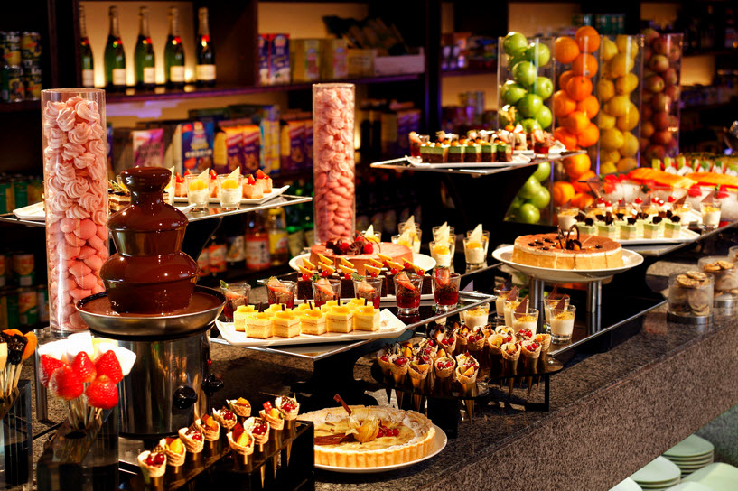 MANDARIN ORCHARD TRIPLE THREE RESTAURANT CHRISTMAS BUFFET